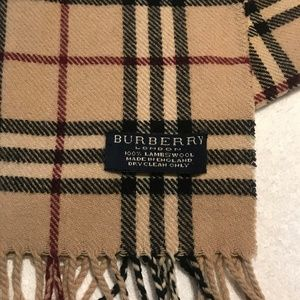 AUTHENTIC 100% Lambswool Burberry Nova Check Scarf